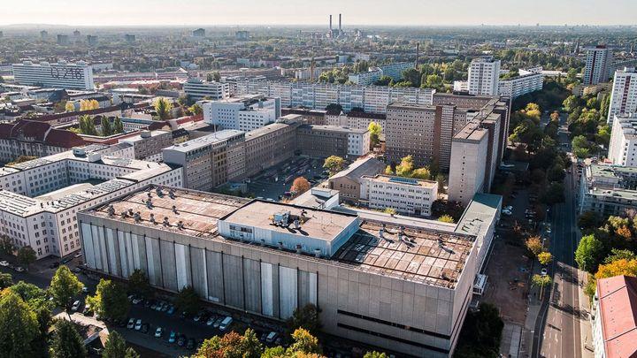 Die Stasi-zentrale. Campus für Demokratie von oben
