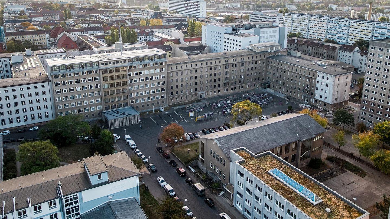 Blick auf die frühere Stasi-Zentrale, Quelle:                 BStU / Drone brothers
