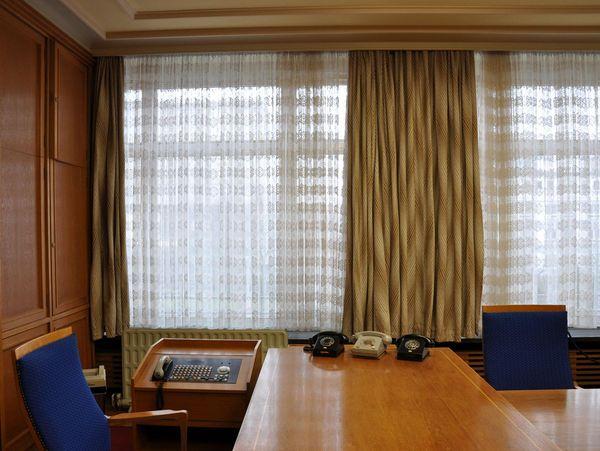Besuchen Sie das ehemalige Büro Erich Mielkes.